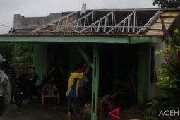 Puting beliung hantam 2 rumah di Singkil