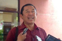Legislator : Pemkot Surabaya jangan berharap kembali kelola SMA/SMK