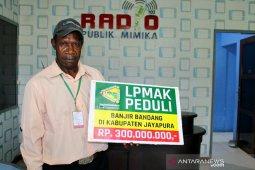 LPMAK membantu korban banjir bandang di Kabupaten Jayapura