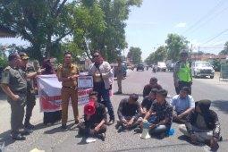 Kinerja DPRD Labuhanbatu hanya 5 persen, masyarakat protes keras
