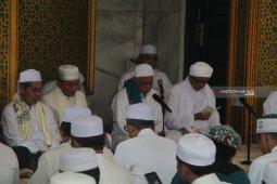 Ulama di Kalimantan Selatan sementara liburkan kegiatan pengajian