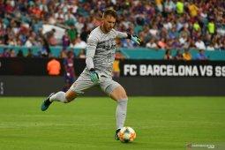 Arsenal tertarik gaet Neto dari Barcelona, tapi harus  siap bersaing