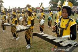 Dikbud Sultra bantu marching band dukung semangat belajar