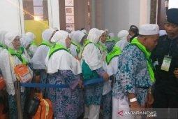 6 jamaah haji mutasi kloter 8 Debarkasi Medan