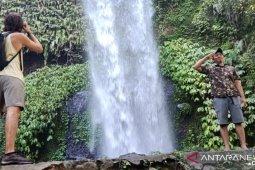 """Desa Senaru di utara Pulau Lombok  """"surga wisata alam"""""""