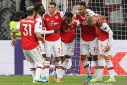 Willock dan Saka sumbang gol saat Arsenal kalahkan Frankfurt