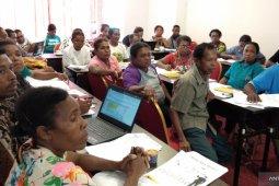Maido Fa gelar pelatihan peningkatan kapasitas kelompok usaha Kofiau dan Misool