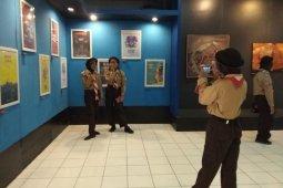 Siswa dan mahasiswa serbu pameran