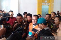 Mantan pejabat diperiksa di sidang korupsi mantan Wali Kota Sabang