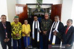 MPH Sinode GPM minta Pemkot Ambon tegas batasi kegiatan masyarakat