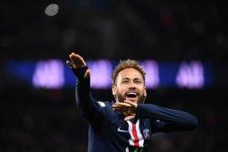 Pelatih Barca berharap dapat melatih Neymar