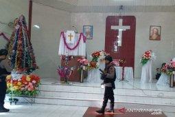 Brimob Kompi 3B sterilisasi gereja di Tanjungbalai