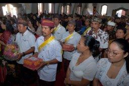 Misa Natal bernuansa Bali