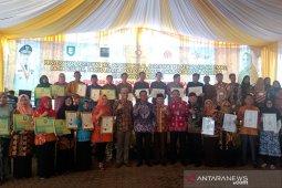 Pemprov Bengkulu bagikan 22 sertifikat HKI bagi industri kecil