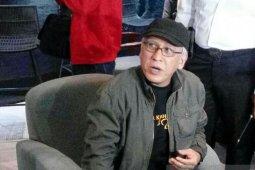 Penyanyi legendaris  Iwan Fals harapkan Jokowi makin sabar dan ikhlas
