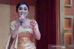 Yuni Shara ajak perempuan kompak saling mendukung sambut Hari Kartini