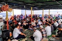 Warga Sabang dan ahli waris doa bersama kenang tenggelam KMP Gurita