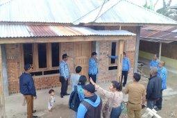 Wakil Bupati Samosir pantau bedah  rumah program BSPS