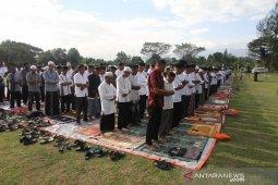 Dilanda kekeringan, bupati dan masyarakat Aceh shalat minta hujan