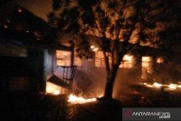 SMPN 6 Tanjungalai terbakar, 4 lokal dilalap api