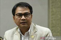 Pimpinan DPR di rumah saja dan tidak terima tamu saat Lebaran