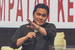 Erick Thohir, menteri paling bersinar dalam Kabinet Indonesia Maju dan disukai publik