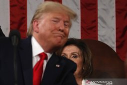 Presiden Donald Trump bebas dari proses pemakzulan