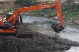 Pemko Tebing Tinggi lakukan normalisasi Sungai Bahilang untuk tanggulangi banjir