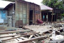 Terkait perusakan tiga rumah di Pahae Jae, Kades: Diperingatkan bandel, takut saya kena bacok