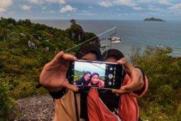 Wisata Tanjung Sinubung Natuna
