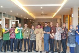 Wali kota nilai bank syariah bantu tumbuhkan ekonomi di Banda Aceh