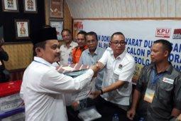 Balon Wali Kota Sibolga dari jalur perseorangan serahkan syarat dukungan ke KPU