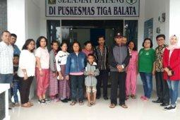 Empat dari 25 korban keracunan makanan dirujuk ke rumah sakit