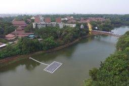 TREC FTUI bangun PLTS Terapung Bifacial pertama di Indonesia