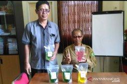Pelajar SMK 4 Pontianak mampu produksi sabun cair
