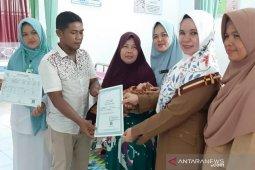 Lahir di Puskesmas di Aceh Jaya langsung dapat akta kelahiran dan KK