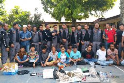 Tim Huraba Polres Tapsel grebek Kampung Narkoba di Padangsidimpuan