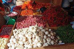 Harga bawang dan cabai di pasar Ambon turun