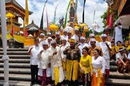 Ribuan umat Hindu di Lampung menggelar prosesi Puja Wali