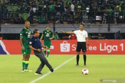 Kaleidoskop Liga Indonesia : Virus Corona dan dagelan sepak bola kita