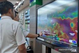 Hari Minggu, cuaca Jakarta mayoritas berawan