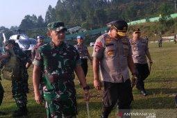 Pascamediasi sudahi konfrontasi TNI-Polri, dua jenderal kunjungi Taput