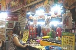 Pemberitaan Covid-19 tidak pengaruhi penjualan kuliner Tionghoa di Bandung