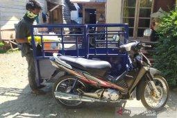 Peduli lingkungan, Desa Meunasah Teungoh buat becak motor sampah dengan dana desa