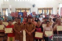 20 anggota PKH di Tapsel graduasi mandiri dari KPM