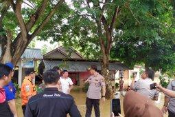 Kapolda Gorontalo tinjau lokasi bencana banjir Boliyohuto
