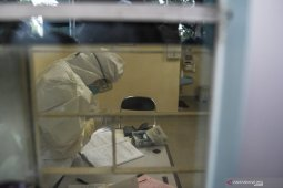 Kisah dokter yang menangani virus corona di Ibu Kota