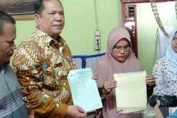Wali Kota Padangsidimpuan tegaskan Zainap sehat