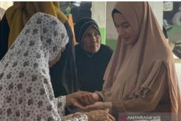 Gadis cantik asal Thailand masuk Islam di Aceh