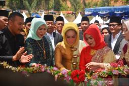 Bupati buka pameran HUT Kabupaten Madina ke-21